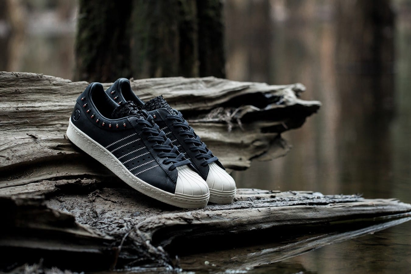 invincible-adidas-consortium-superstar-80v-1